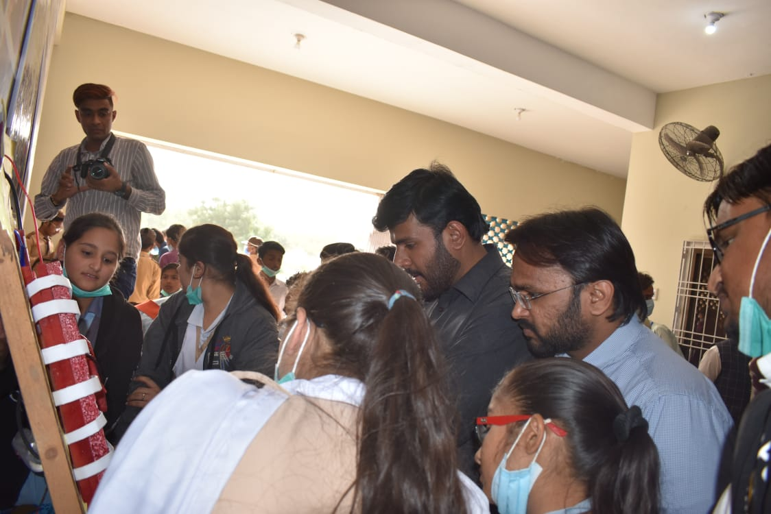 IJT organizes one-day Students' Expo in Mithi- Sindh Courier-2