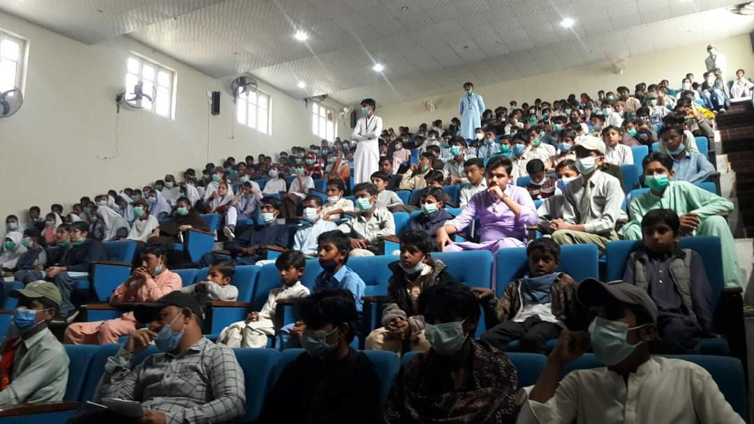 IJT organizes one-day Students' Expo in Mithi- Sindh Courier-5