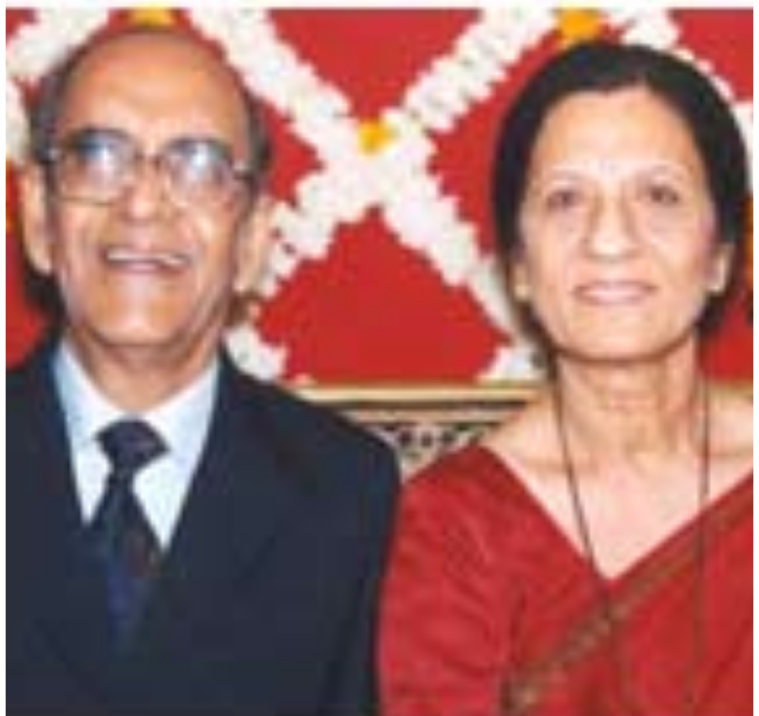 Dr. Sainani - First ever Sindhi Honorary Brigadier of Indian Army - With wife Dr. Pushpa-Sindh Courier