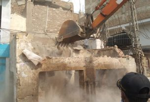 Hundreds of illegal structures demolished in Tando Jam - Sindh Information- Sindh Courier-1