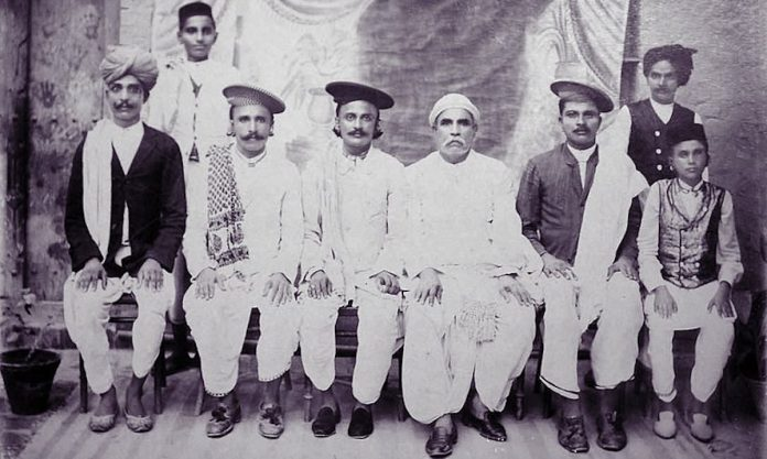 A vintage photo of Sindhis