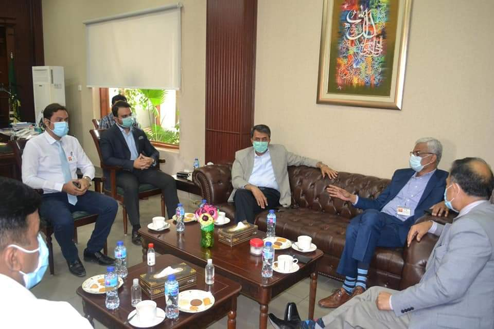 AKU agrees to establish hospital and medical college in Hyderabad- Meeting with Commissioner- Sindh Courie