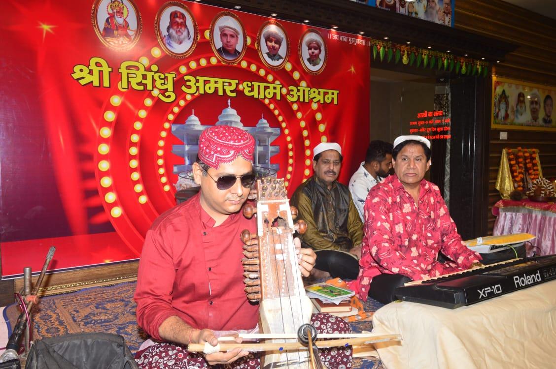 An artist's tribute to great Sufi Singer Bhagat kanwar Ram- Sindh Courier-2