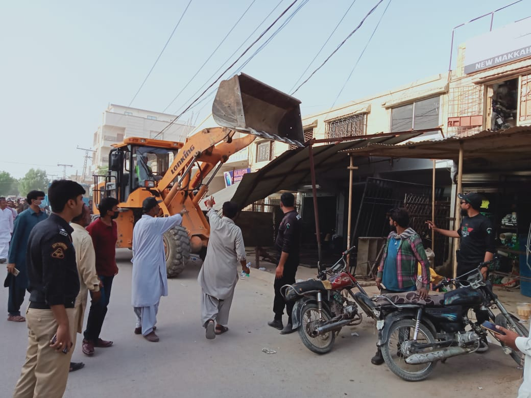 Anti-encroachment drive continues in Hyderabad- Sindh Courier-1