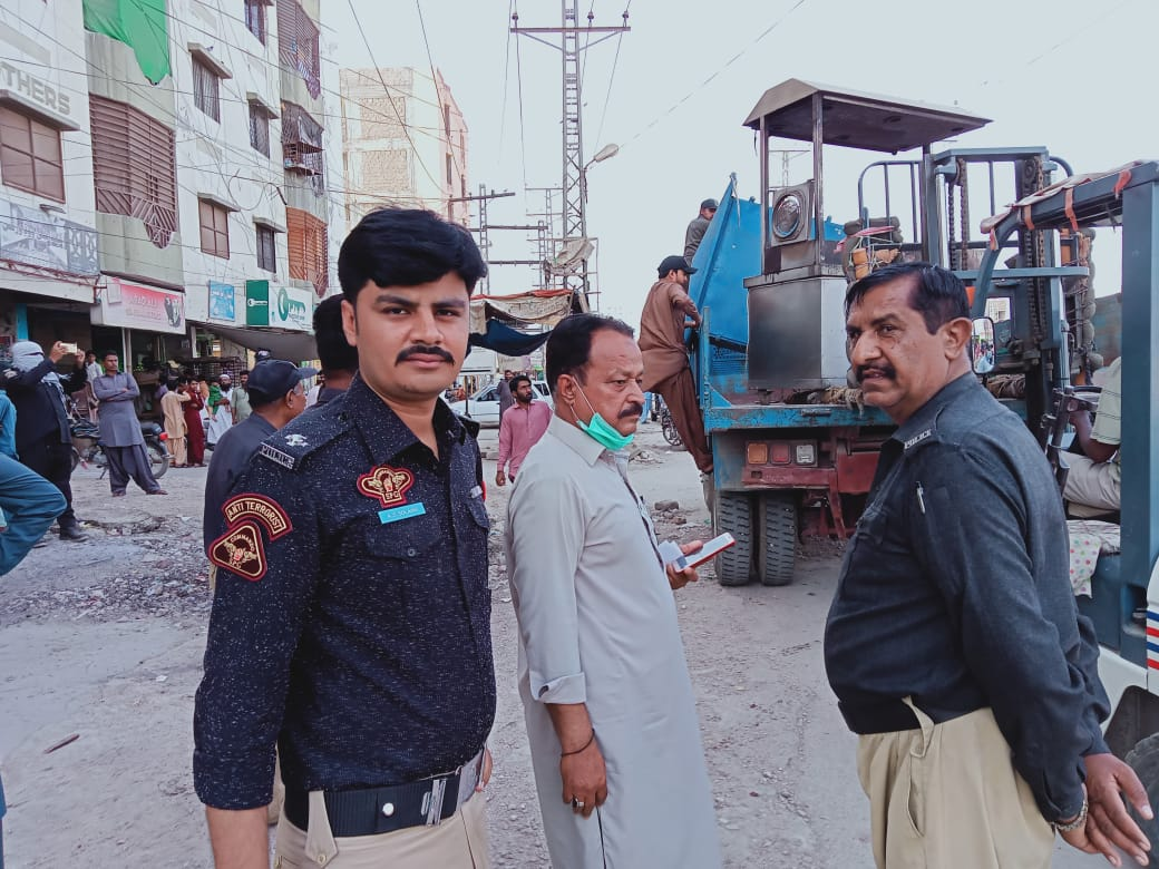 Anti-encroachment drive continues in Hyderabad- Sindh Courier-3