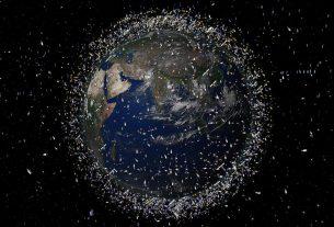 Debris_objects_in_low-Earth_orbit