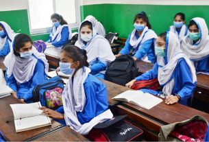 Govt. to roll out Ehsaas Stipend Program for Secondary Education