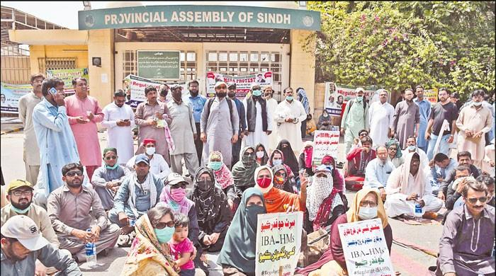 Lingering issue of Headmasters in Sindh