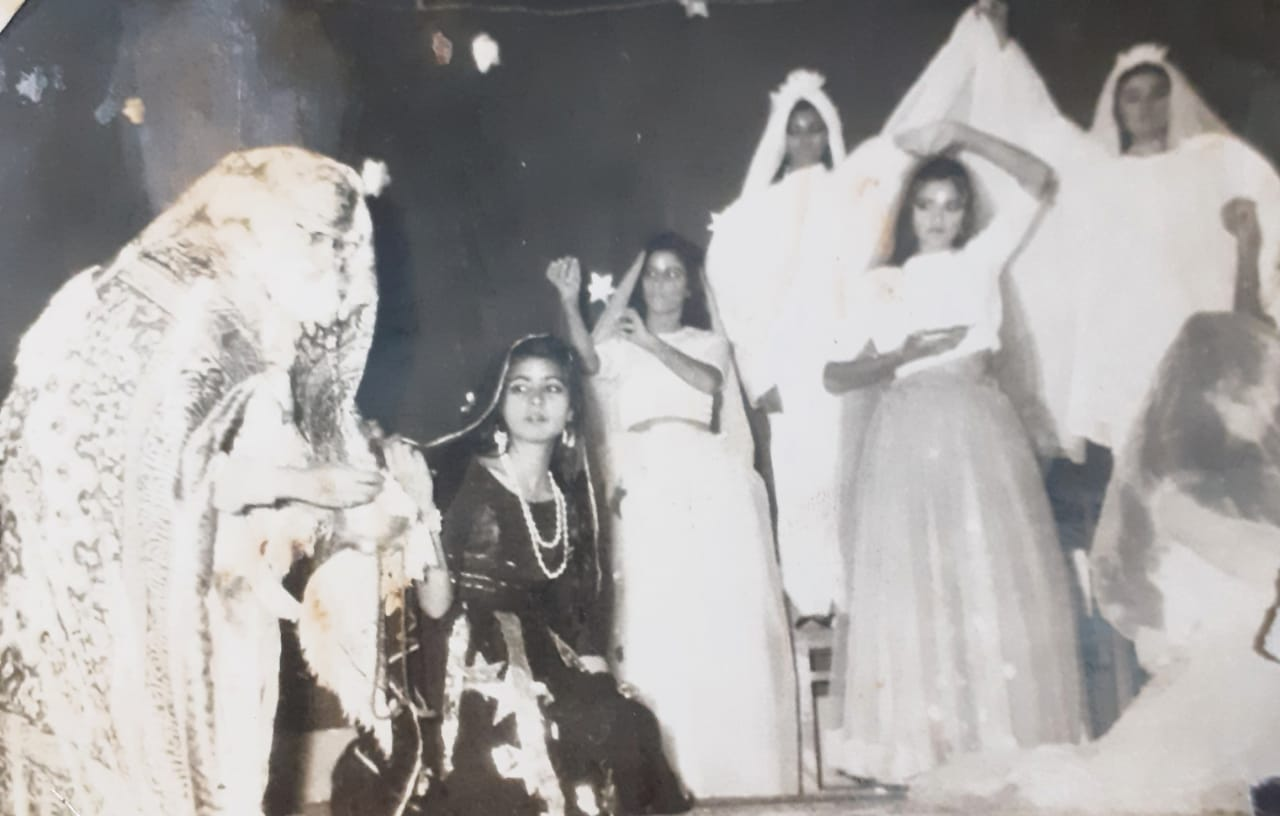 Memoirs - Can't Forget My Loved Ones - Veena Shringi - College function - Sindh Courier