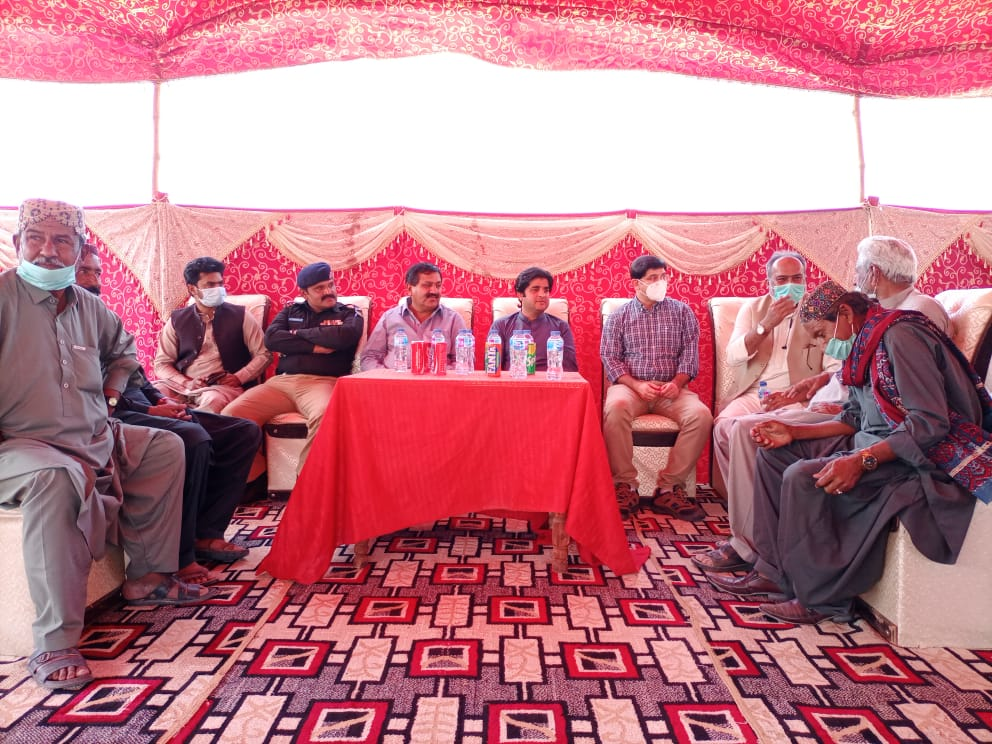 Resettled Thari Communities get 850 Acres Grazing Land- Sindh Courier-1
