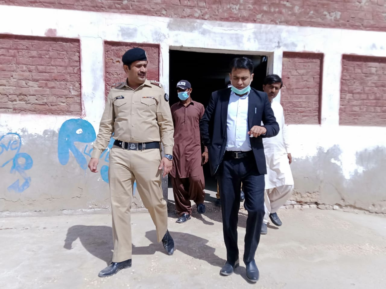 800 Bags of wheat found missing from Golarchi Gowdown - Sindh Courier-3