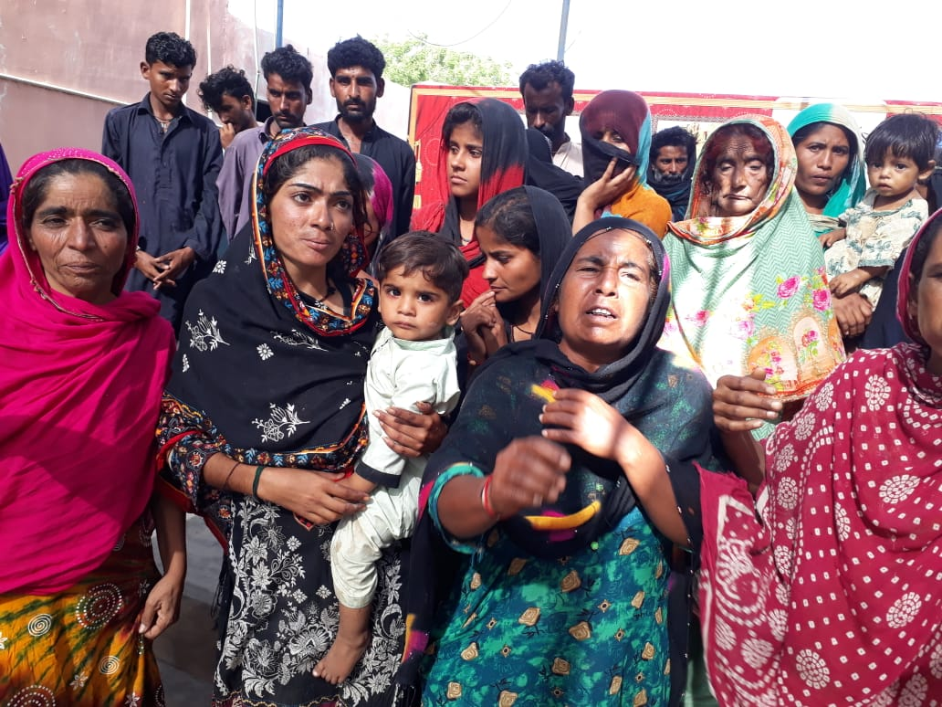 Kolhi community stage protest demo against forced eviction- Sindh Courier-2