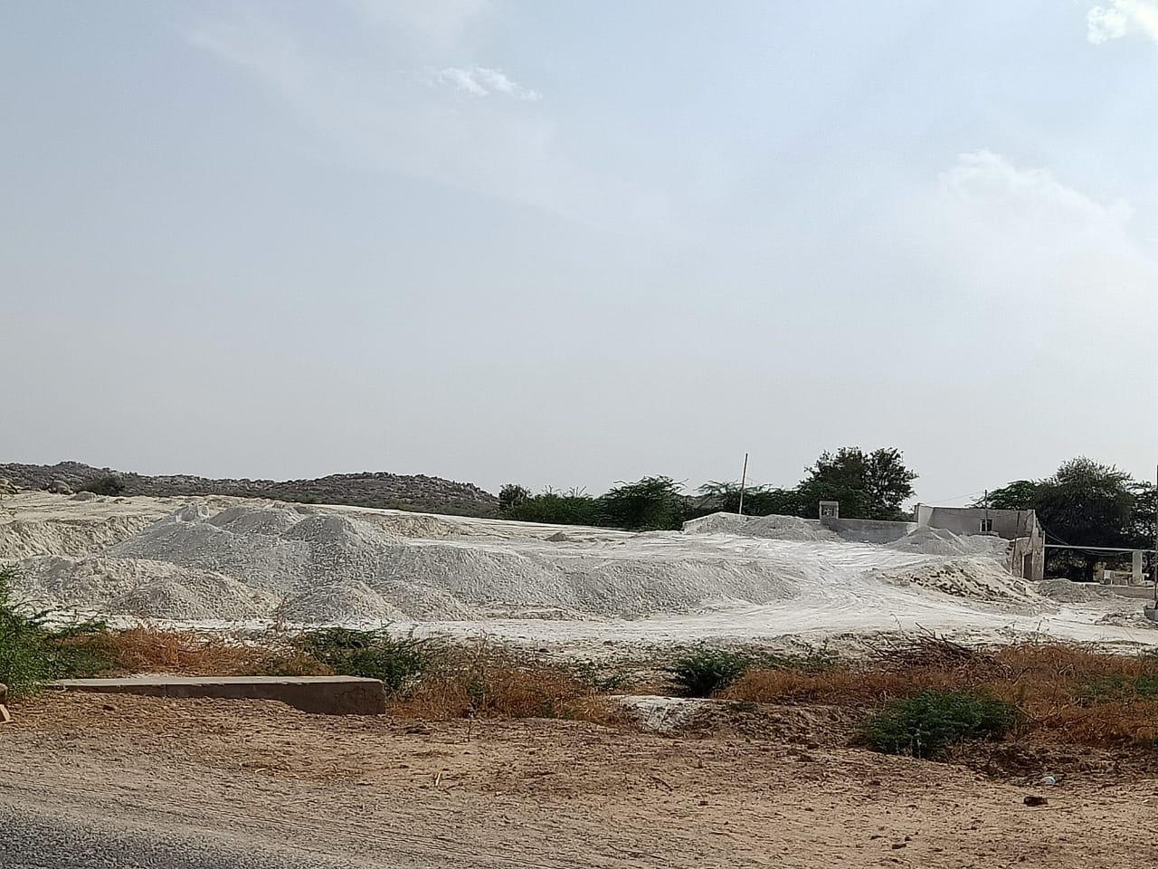 Over 2 dozen illegal mining factories found operating in Tharparkar- Sindh Courier-2