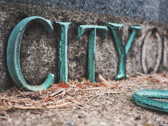 Platinum City - Poem by Yuan Hongri