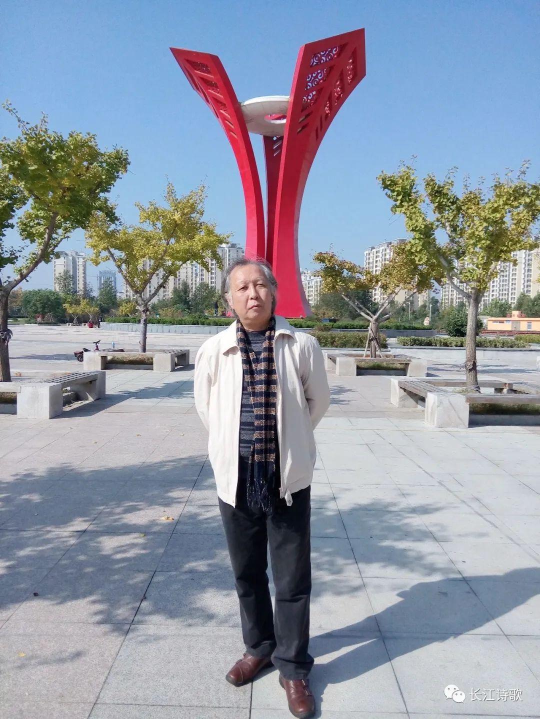 Contemporary-World-Literature-China-Yuan Hongri- SindhCourier