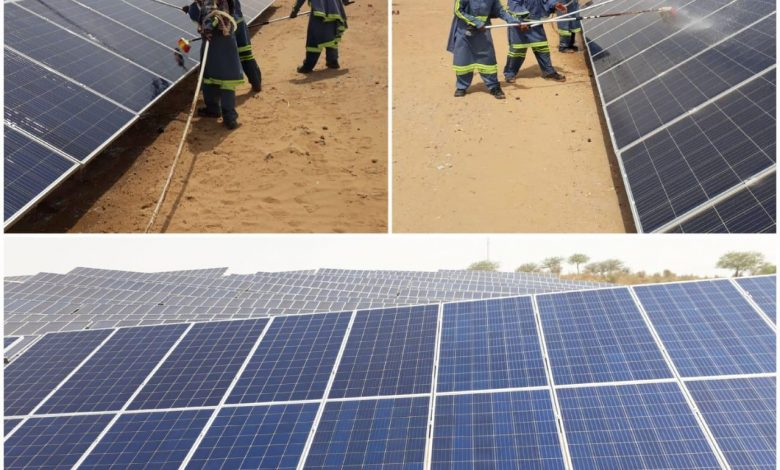 Photo of 5 Thari Women Inducted in Solar Power Plant Maintenance Team