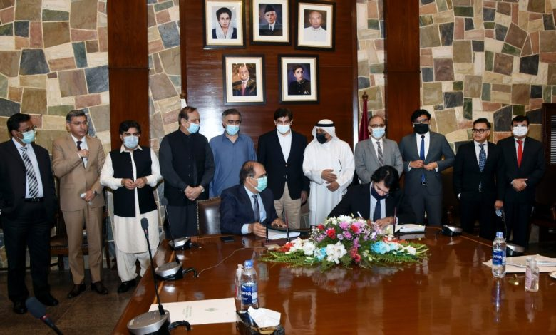 Photo of Kuwaiti Company to lay water supply line for Thar Power Projects