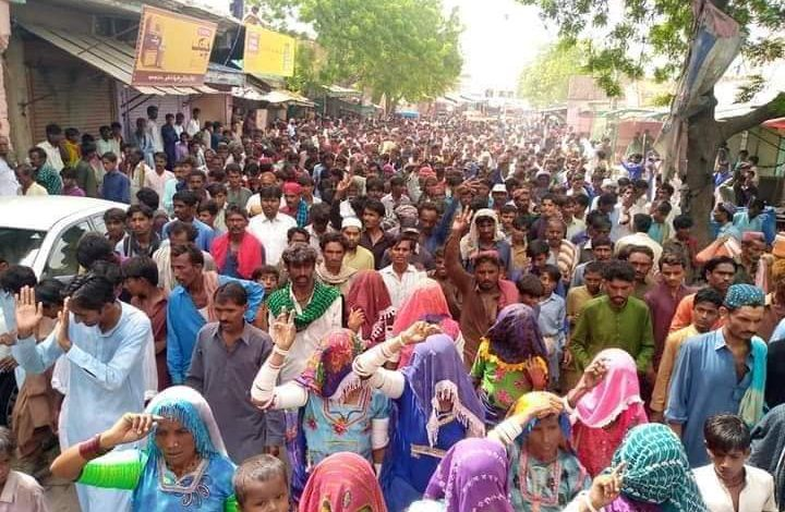 Photo of Brutal Murder of a Worker: Protesters stage sit-ins in Tharparkar