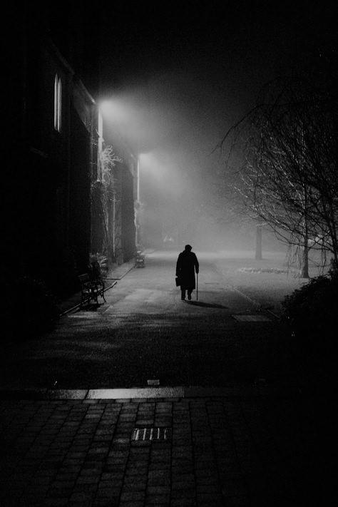 1- Walking - Hanged Times
