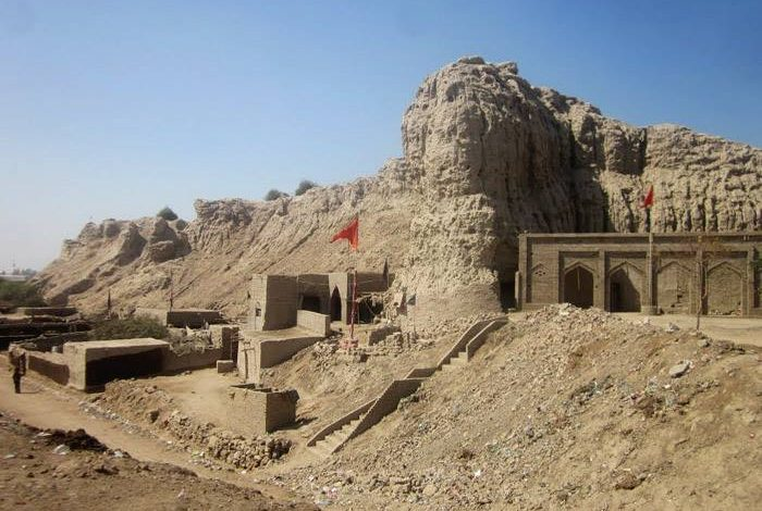 Photo of EFT to undertake rehabilitation work of historic Sehwan Fort