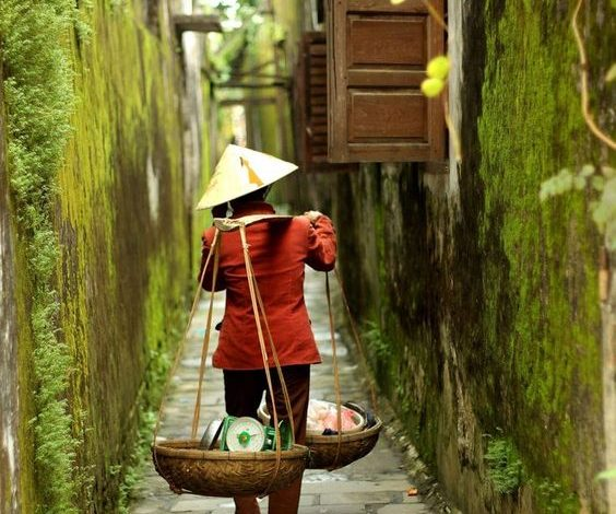 Photo of Small Alley – Poetry from Vietnam
